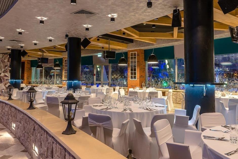 Ресторан берег в чехове фото цена